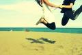Картинка море, пара, обои, прыжок, песок