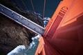 Картинка мост, движение, машины, побережье, волны, San Francisco, колонна, скалы